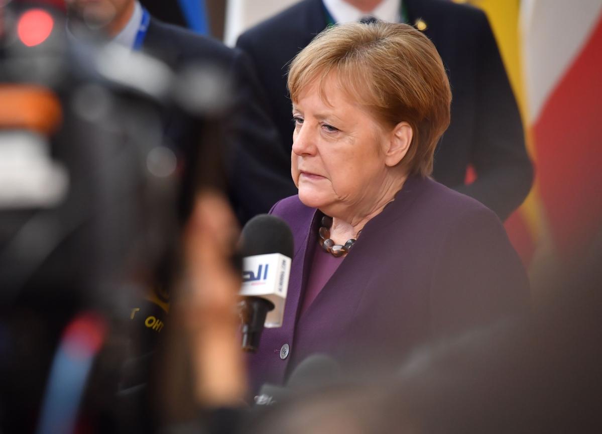 Merkel's Moment Arrives as Virus Tests Leaders' Grasp of Facts