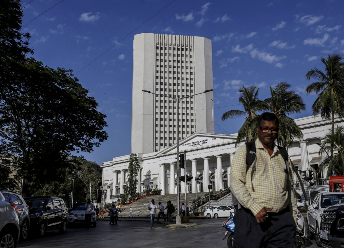 RBI Offers Large Liquidity Support To Prevent A Market Freeze