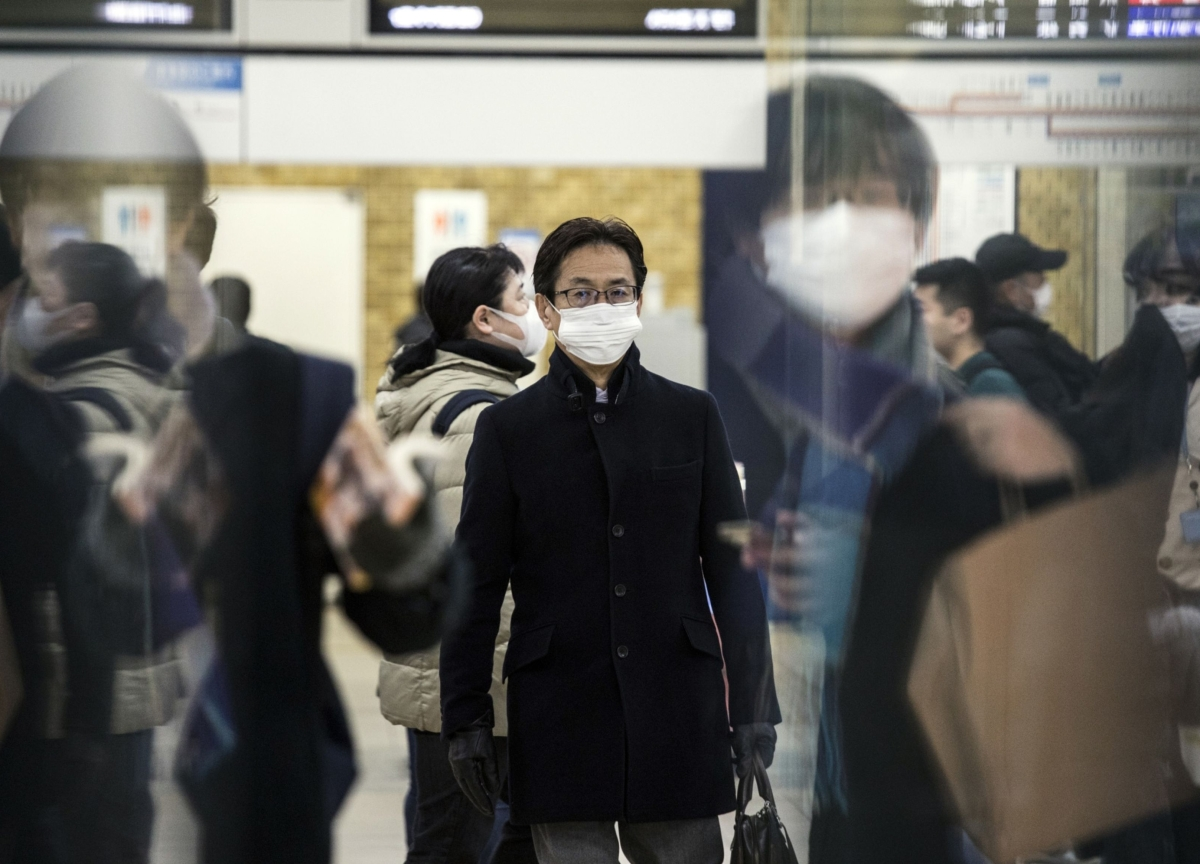 Japan Virus Woes Pose Existential Threat to Abe Government