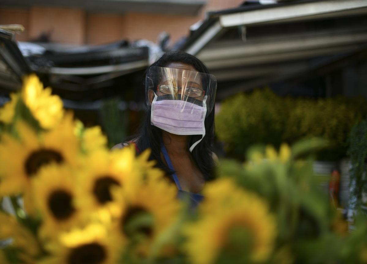 Google Face-Mask Ads Draw N.Y. Scrutiny Amid Virus Outbreak