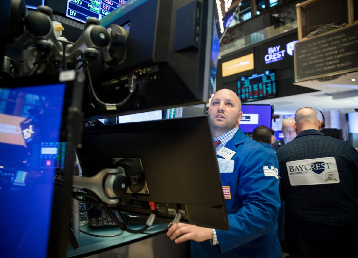 U.S. Stocks Tumble After Powell Virus Warning: Markets Wrap