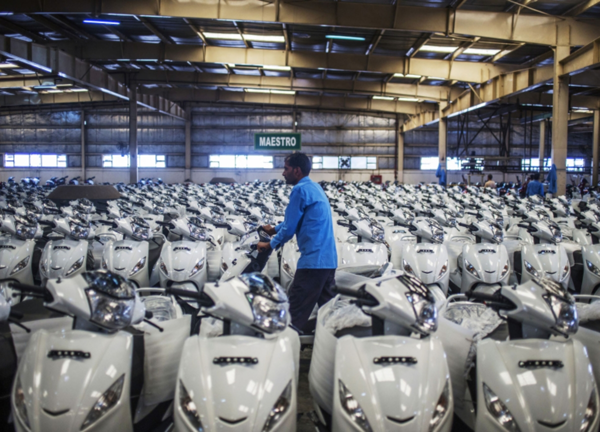 Two-Wheeler Dealers Worried Unsold BS-IV Inventory Will Turn Into Scrap