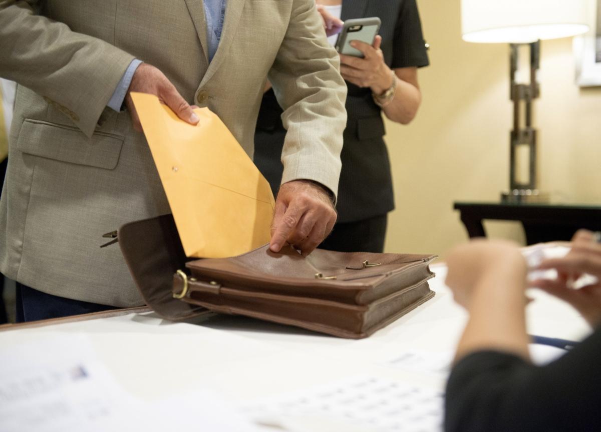 SEBI Invites Applications For Internship In Legal Department