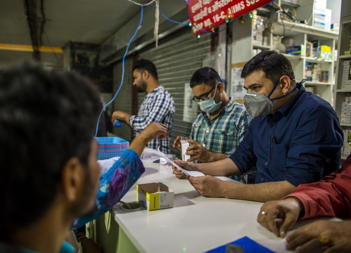 India's Most Populous State Plans Cash Handouts to Soften Virus Blow