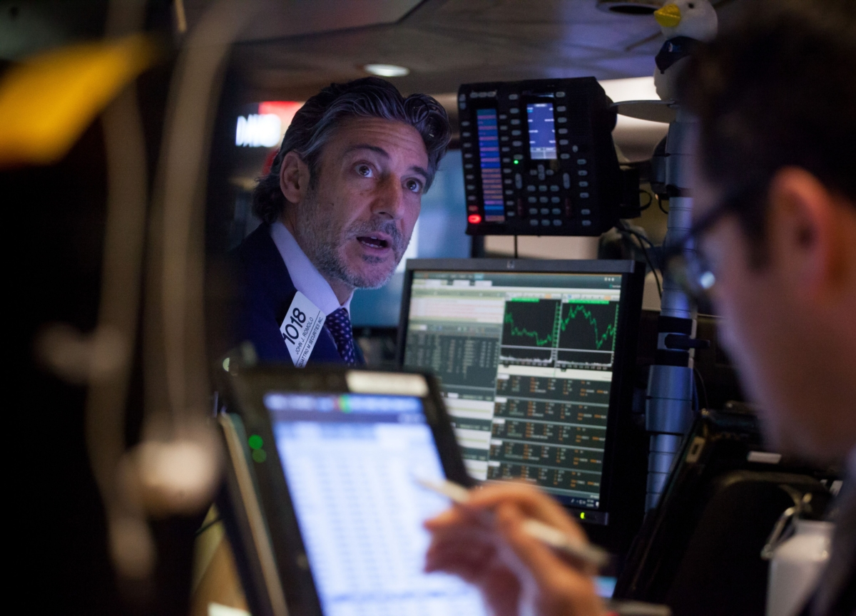Wall Street Bonuses Could Fall 40% This Year in 'Perfect Storm'
