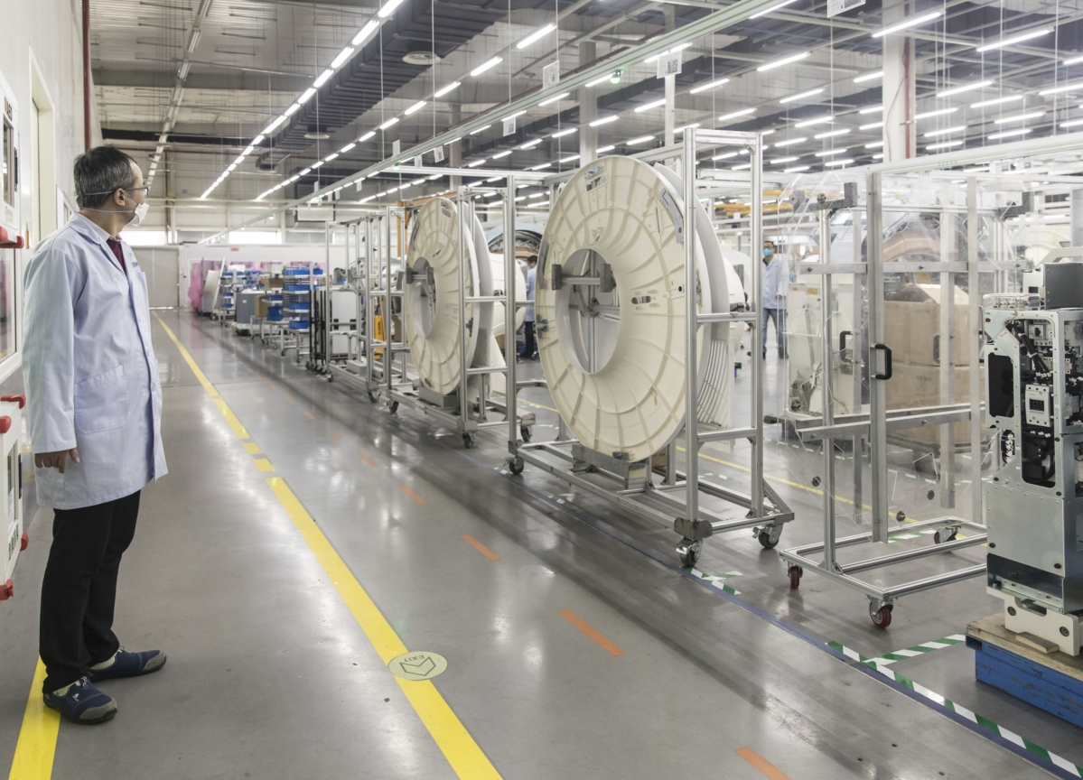 China's Factories Work 24/7 to Build Ventilators for Milan, New York