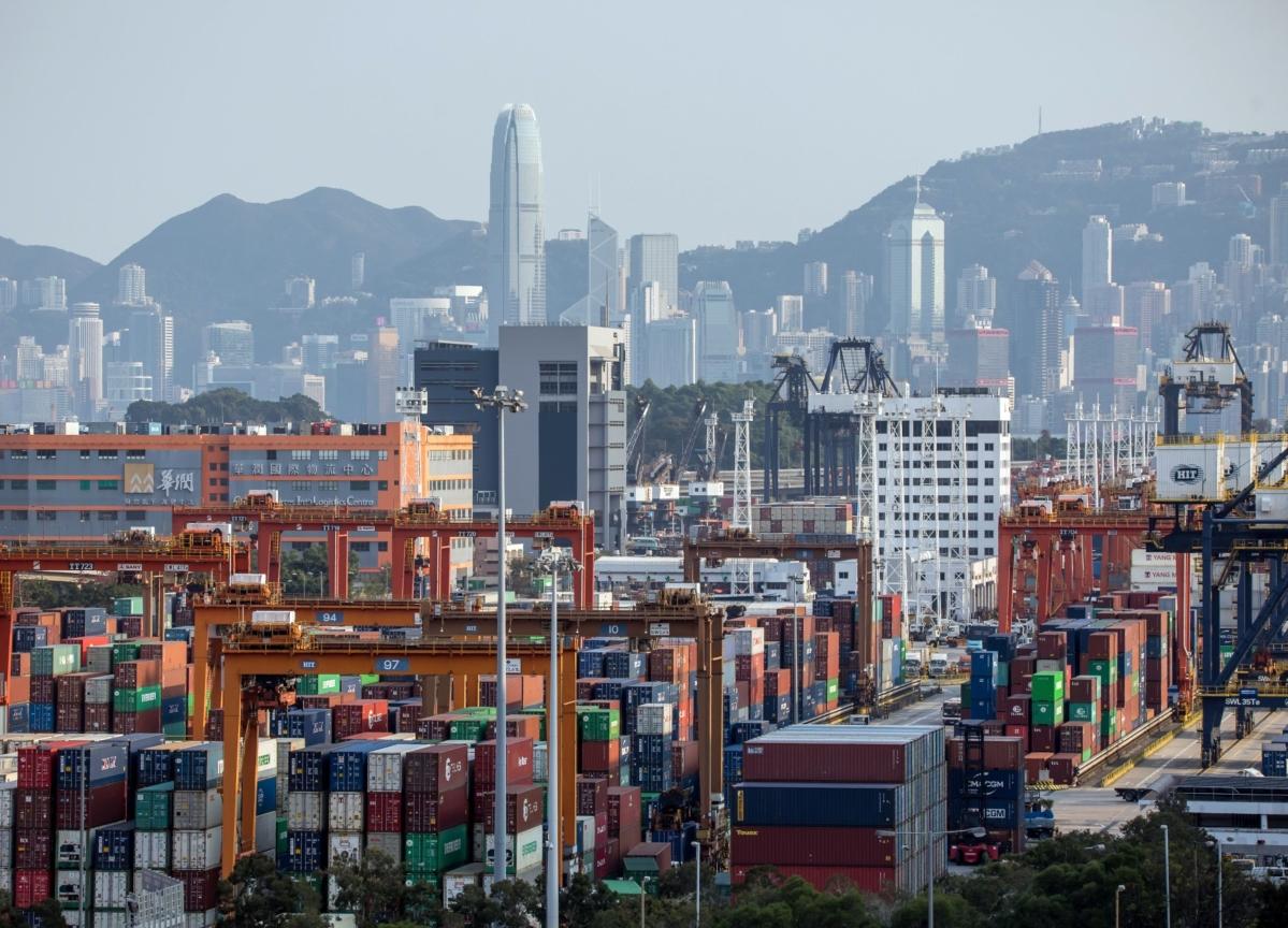 Hong Kong February Exports Unexpectedly Rise Despite Virus