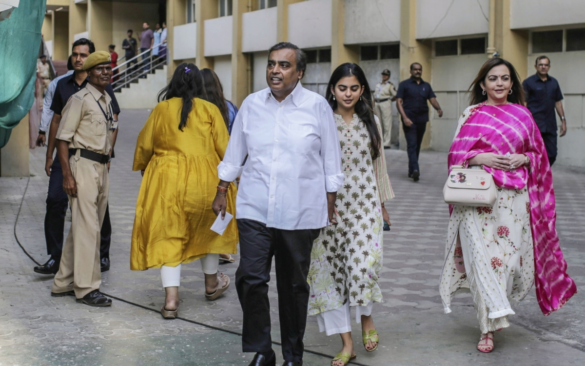 RIL Rights Issue: Reliance Industries To Raise Rs 53,125 Crore Via ...