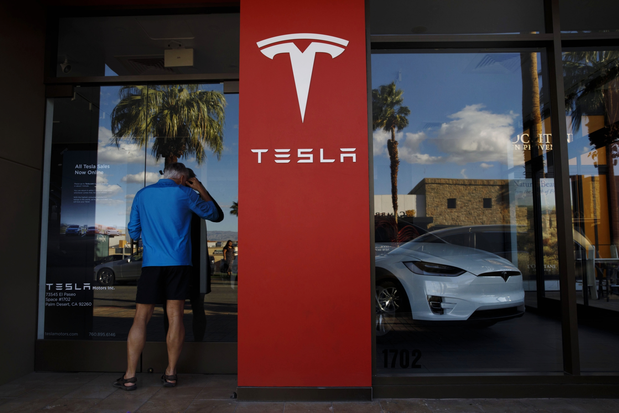 Tesla Model 3s: Tesla Is In Talks With Chinese Battery Giant To