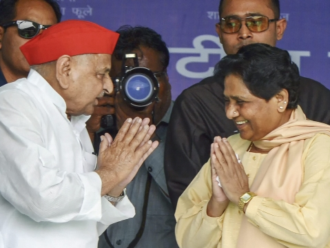 Mulayam, Mayawati Share Stage After Decades