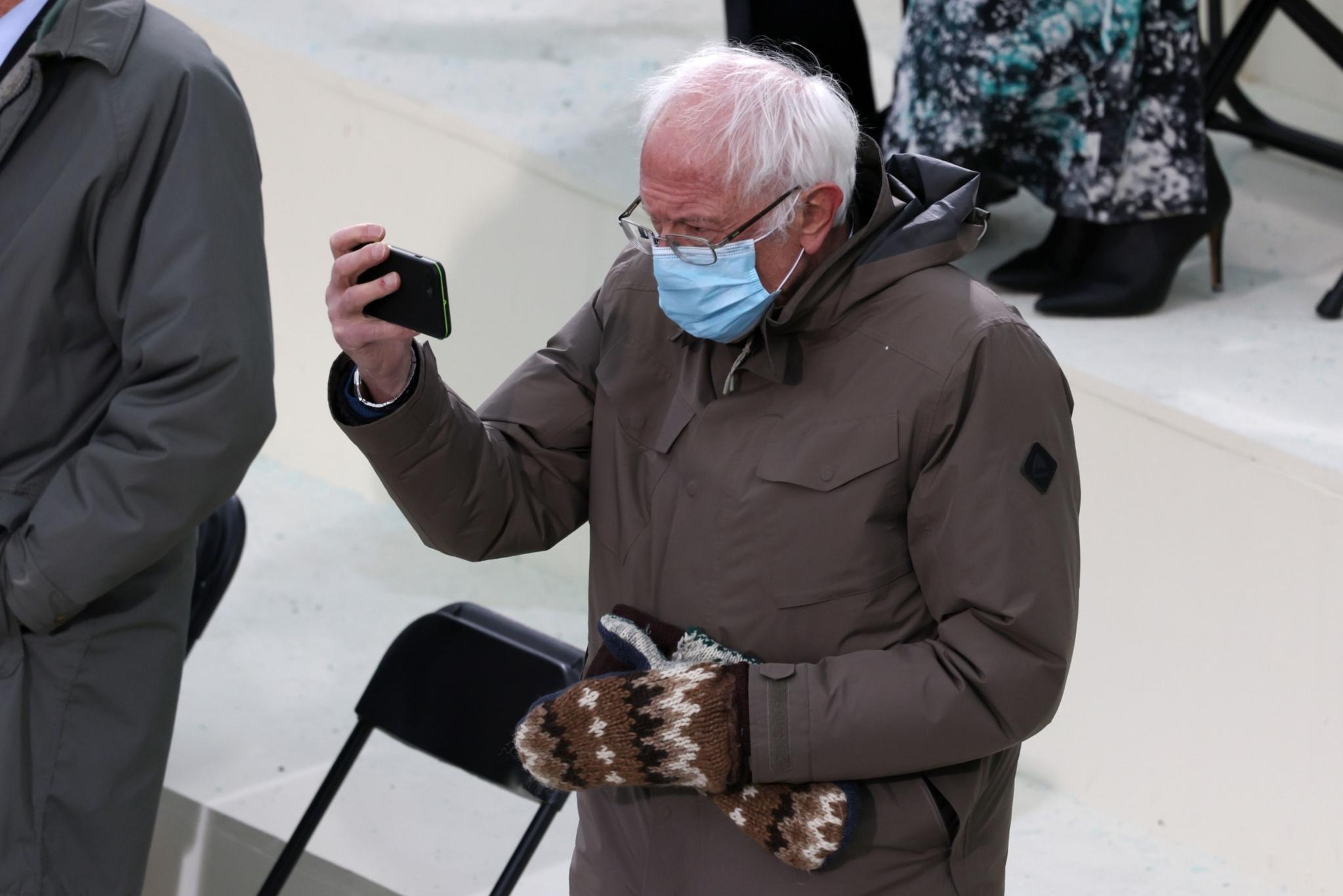 Bernie Sanders S Meme Worthy Inauguration Coat Is Selling Out