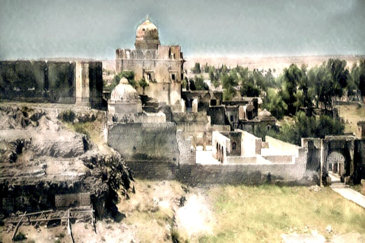 Ruins of the ancient Shakti Peetha: Hinglaj Mata