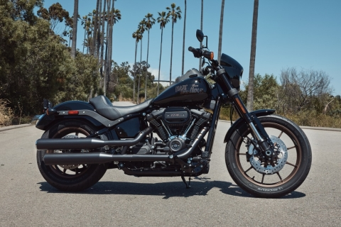 Harley-Davidson gears up for 2020 with new models, new tech and new paint