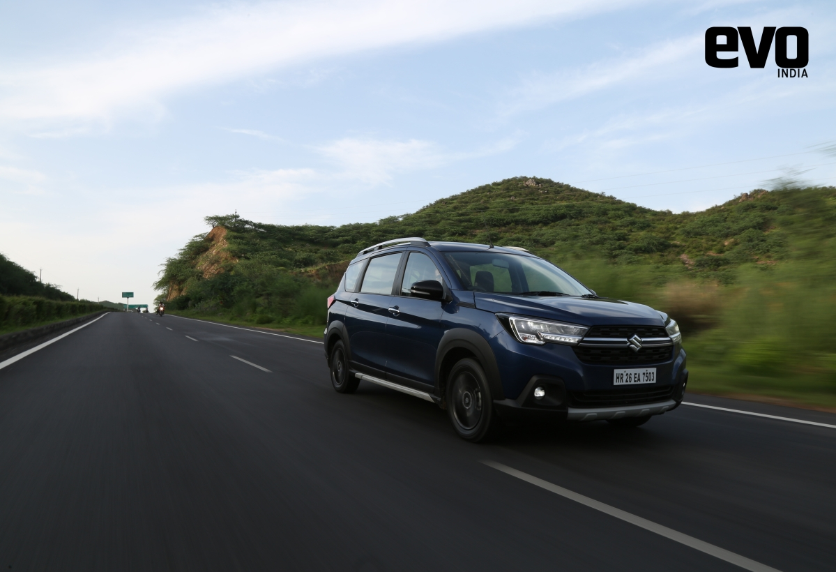First Drive Review - Maruti Suzuki XL6 - How different is it from the Ertiga?
