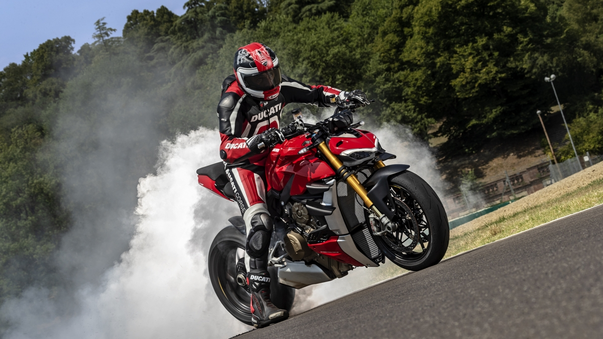 Ducati's much awaited Streetfighter V4 is all set for its debut