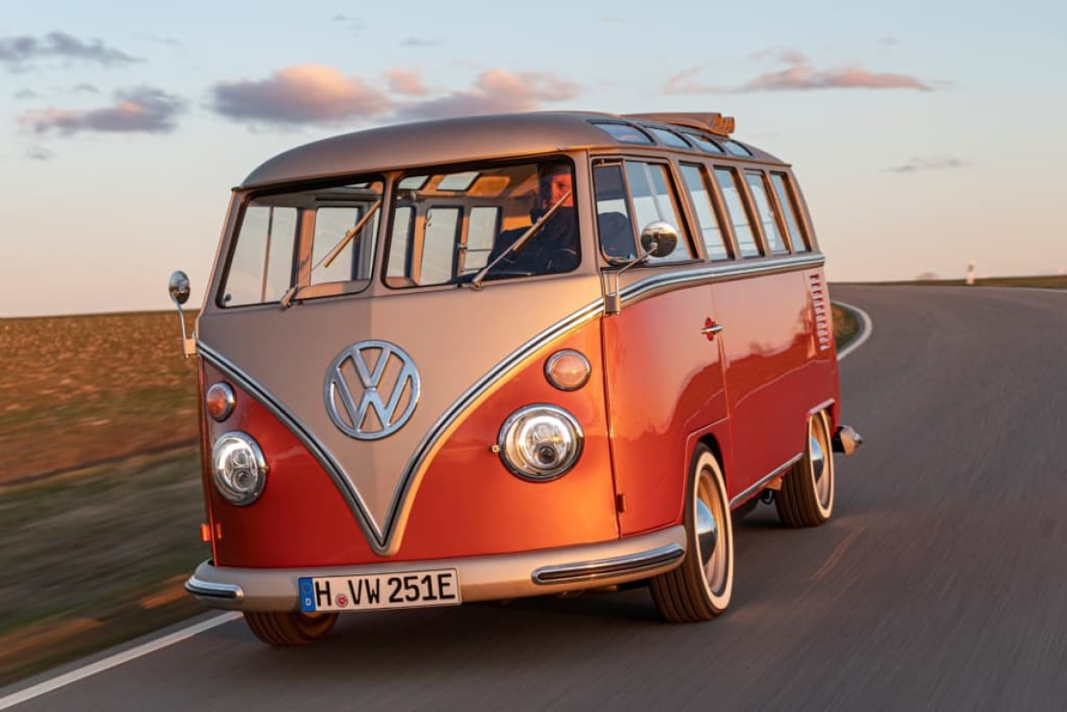 VW's iconic microbus for 2020