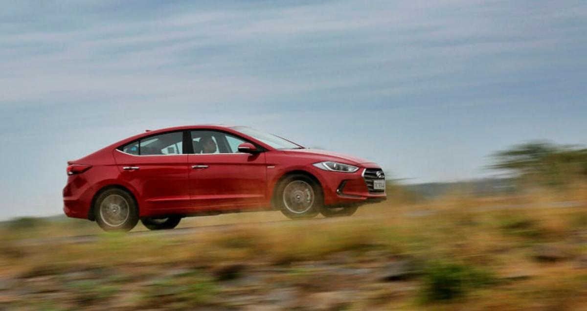 Hyundai Elantra Review