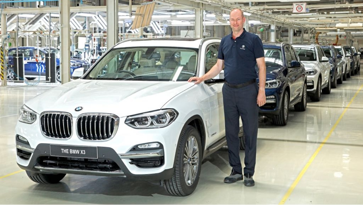 BMW X3 gen III, now made in India