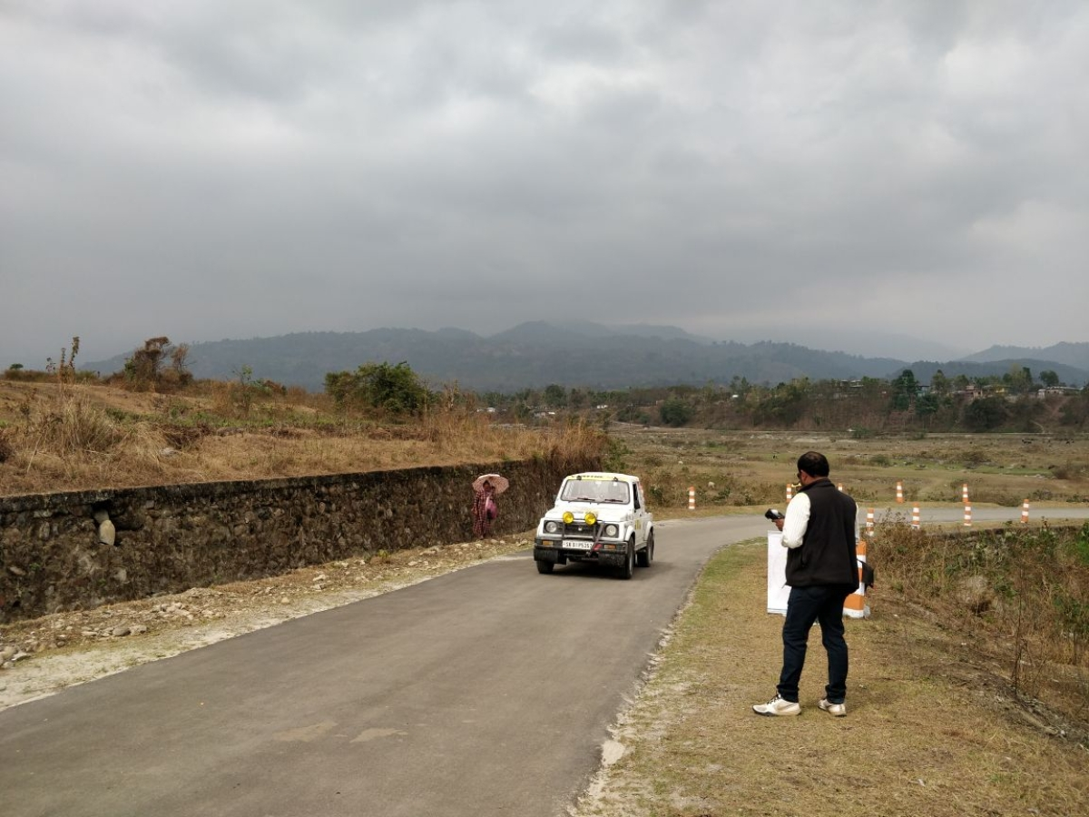 Participants driving through scenic locales to reach Darjeeling