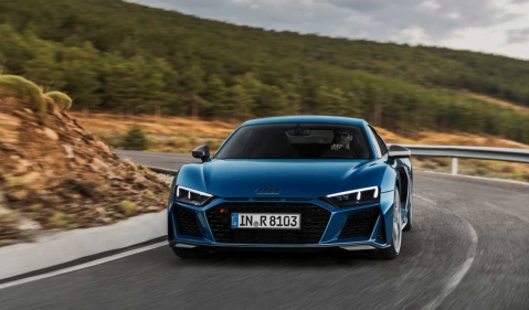 Facelifted Audi R8 revealed