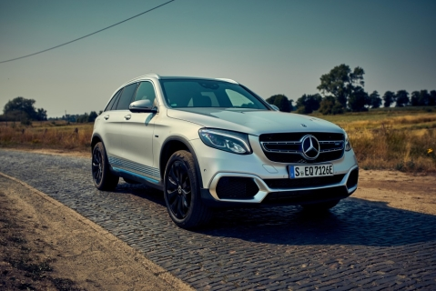 Mercedes-Benz has launched the GLC F-Cell plug-in Hybrid
