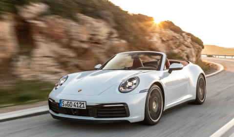 Porsche 911 Carrera Cabriolet enhances coupé characteristics with sporty soft-top