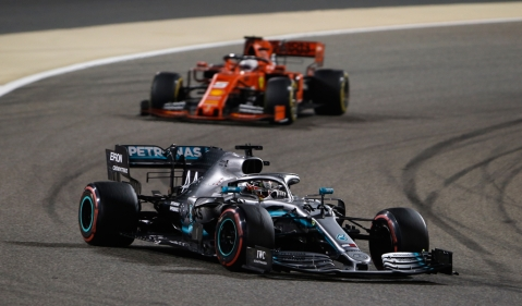 Lewis Hamilton triumphs at Bahrain GP as Ferrari lose early advantage