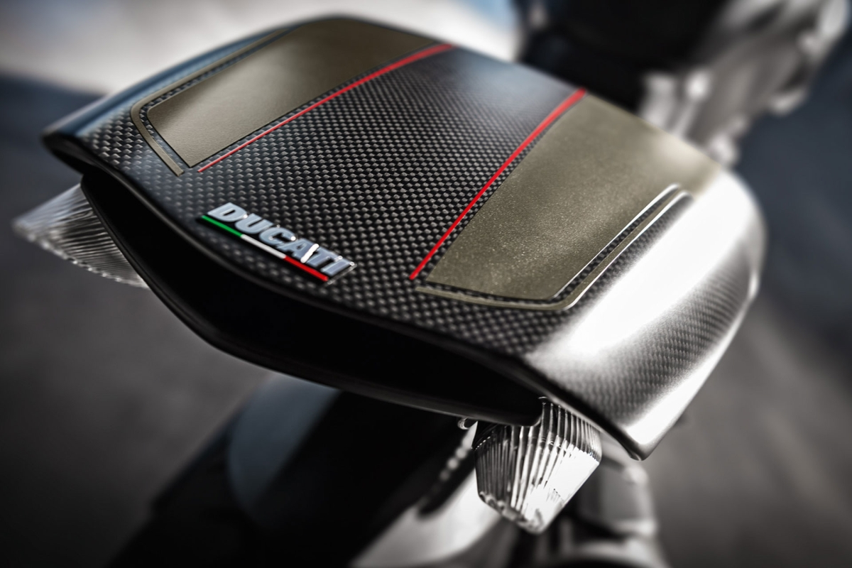 Ducati Diavel Carbon BS-IV now available in India
