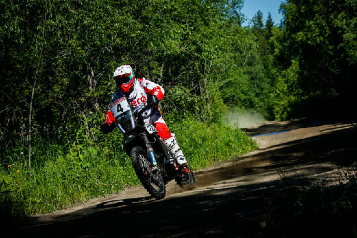 Silkway Rally Day 2: Paulo Gonclaves and Oriol Mena score their debut podium finish