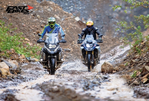 BMW R 1250 GS A & F 850 GS A: Living among lions