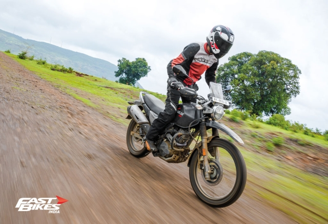 Hero Xpulse 200 vs Royal Enfield Himalayan: Battle of the entry-level ADVs