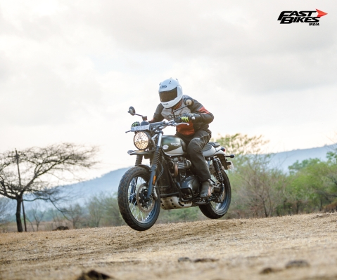 Triumph Pune dealership offering discounts on demo bikes