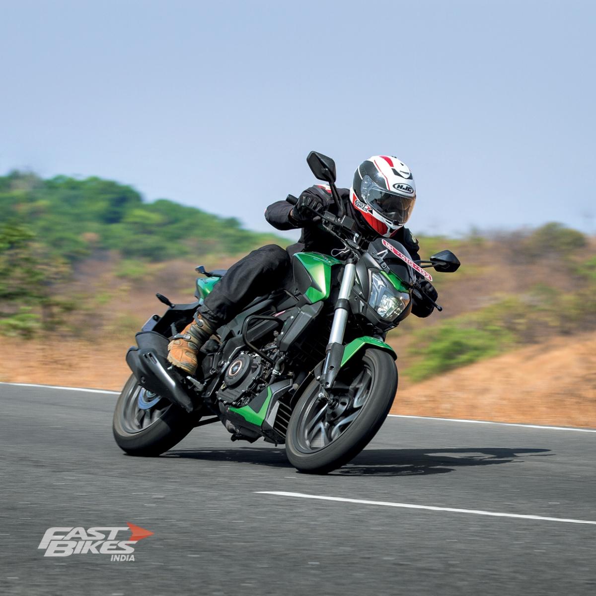 Comparo – KTM 250 Duke, RE Himalayan, Yamaha YZF R15, Bajaj Dominar