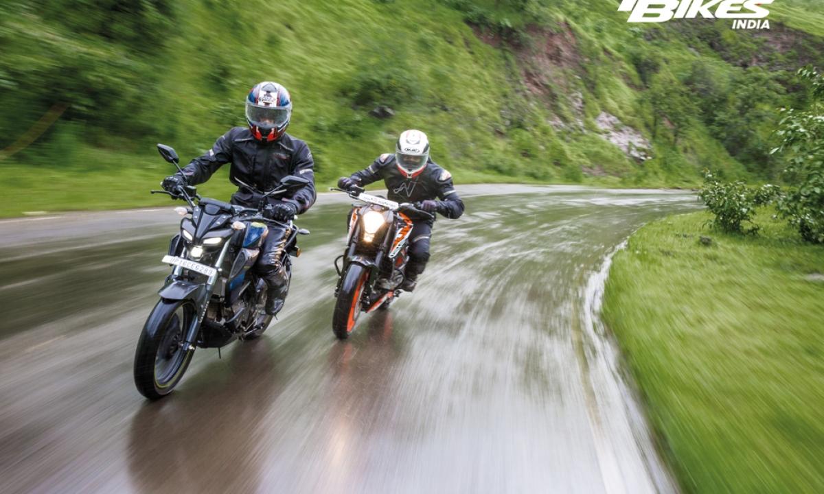 Street Brawl – KTM 125 Duke vs Yamaha MT-15