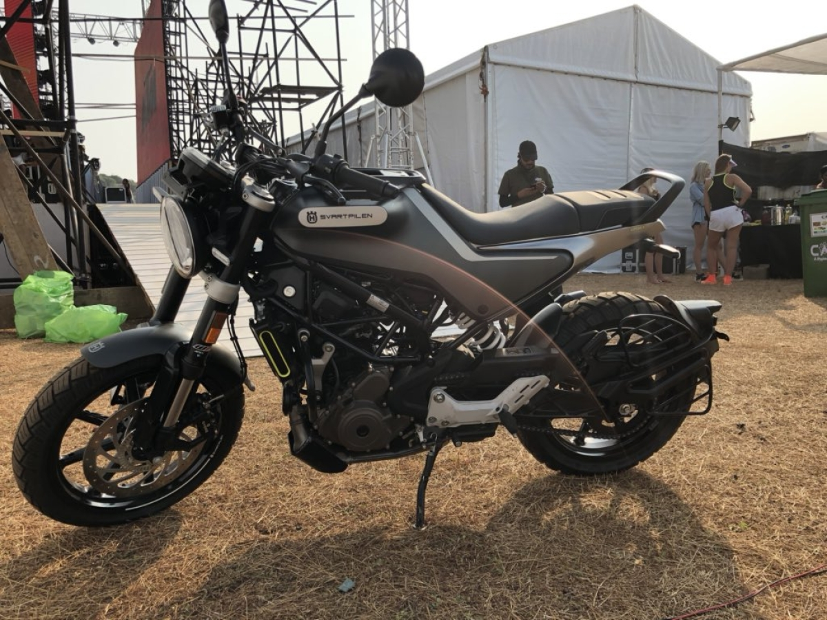 Husqvarna launches the Svartpilen 250 and Vitpilen 250 in India