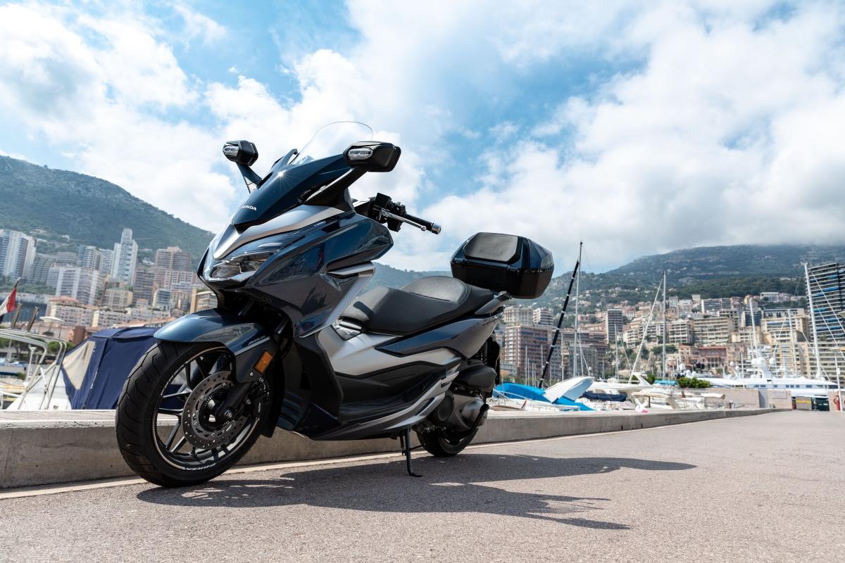 Honda brings Forza 300 maxi-scooter to India