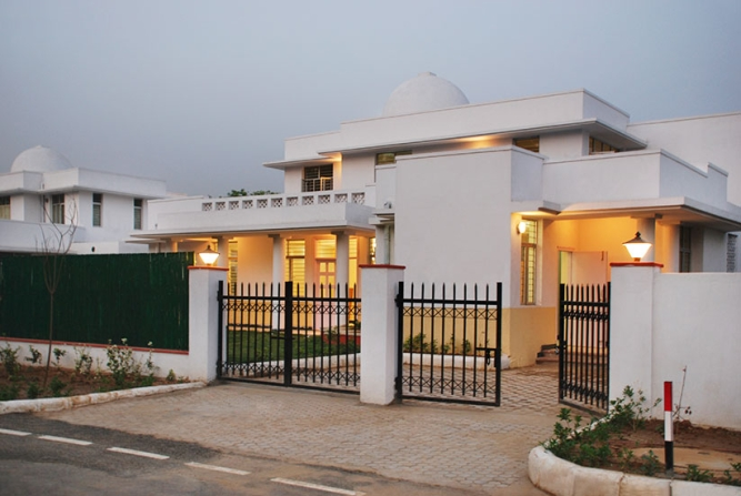 NBCC has built housing projects like the New Motibagh Green Complex in New Delhi.