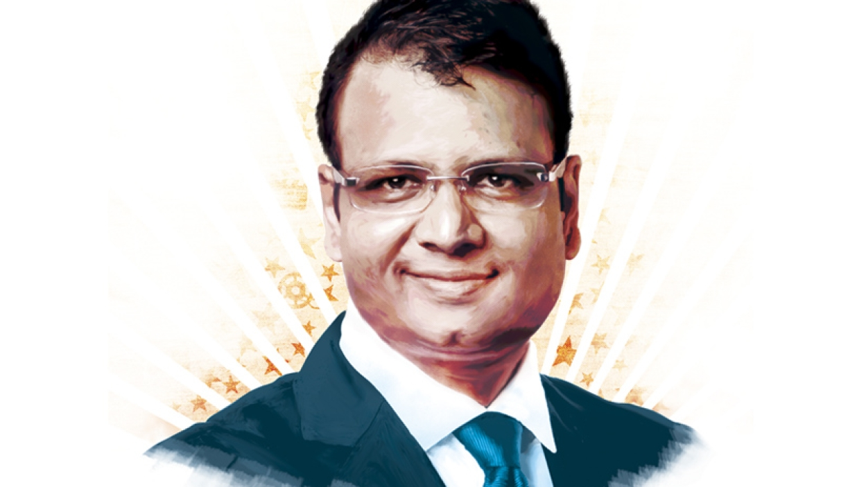 Manish Mundra's double role
