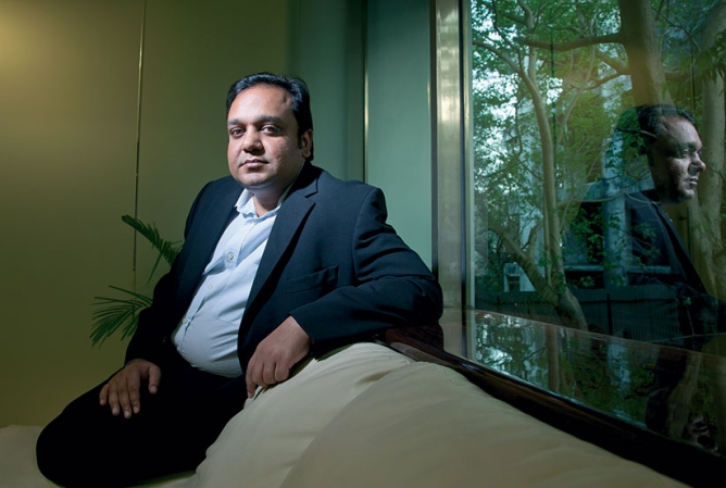 Punit Goenka, the managing director of Zee, is keeping the show going at home  as father Chandra looks for new opportunity abroad.