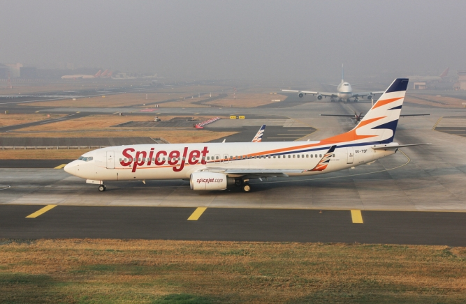 SpiceJet is expected to receive 142 aircraft from Boeing, starting in the second half of 2018. Photo by Narendra Bisht