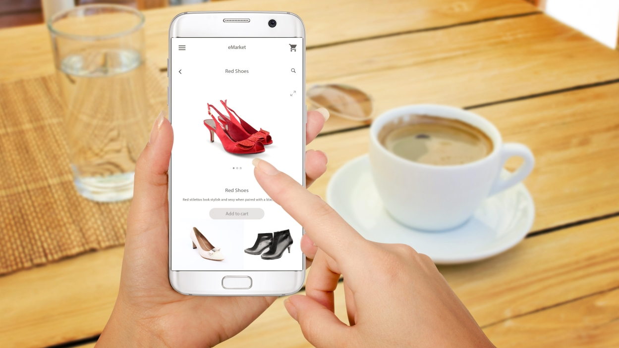 'Smartphones are changing the way consumers shop'