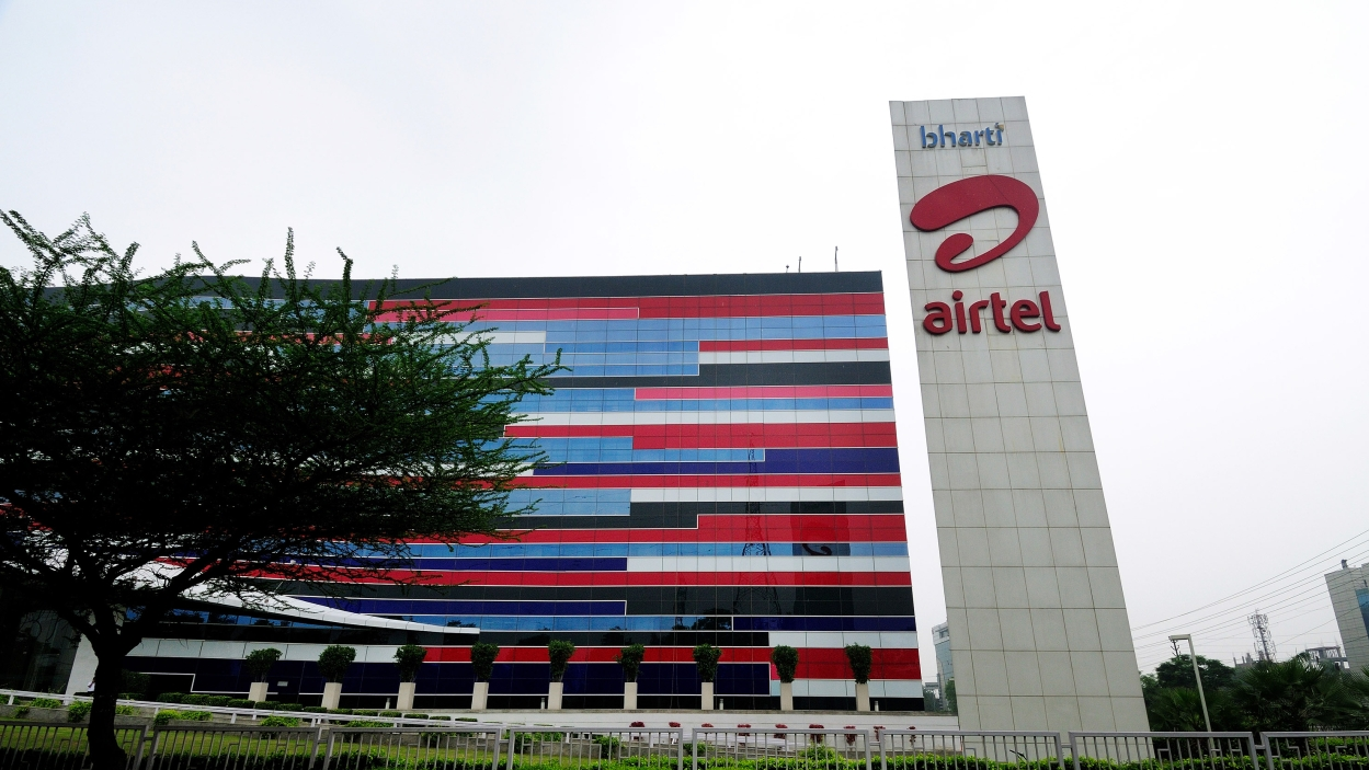 Airtel inks digital content deal with Hotstar