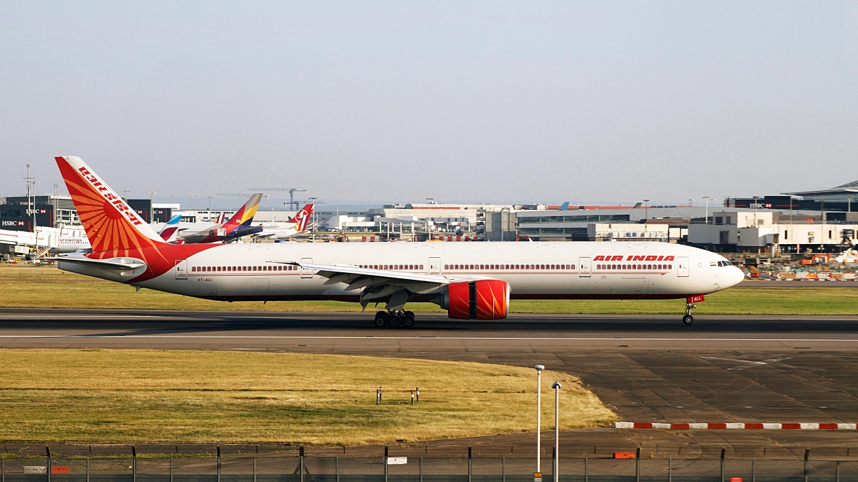 Govt gets going on Air India selloff
