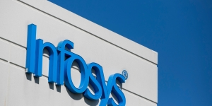 Whistle-blowers'complaint wipes ₹52,996 cr off Infosys' m-cap