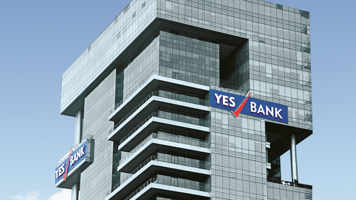 YES Bank: Rana Kapoor to step down in four months