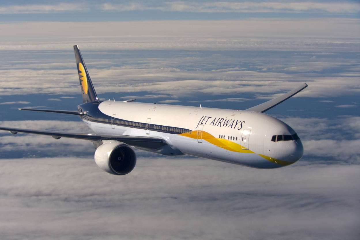 Jet Airways slashes salaries by up to 25%