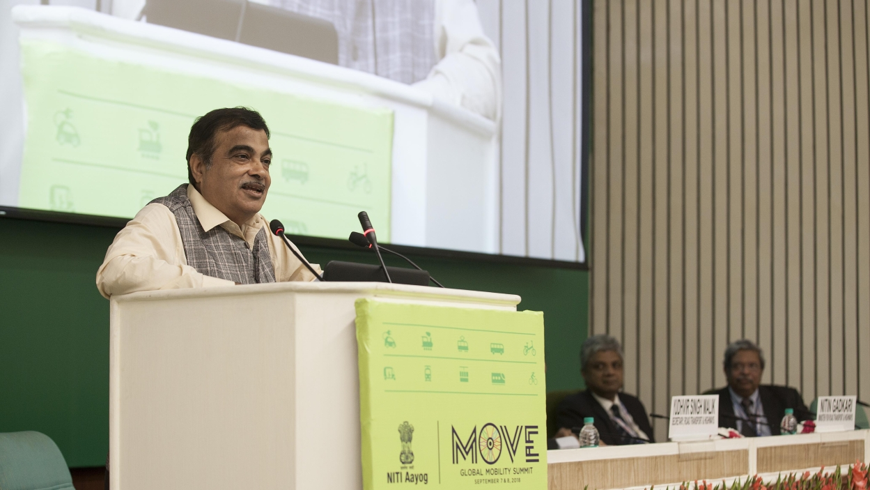 Gadkari urges automakers to diversify their businesses