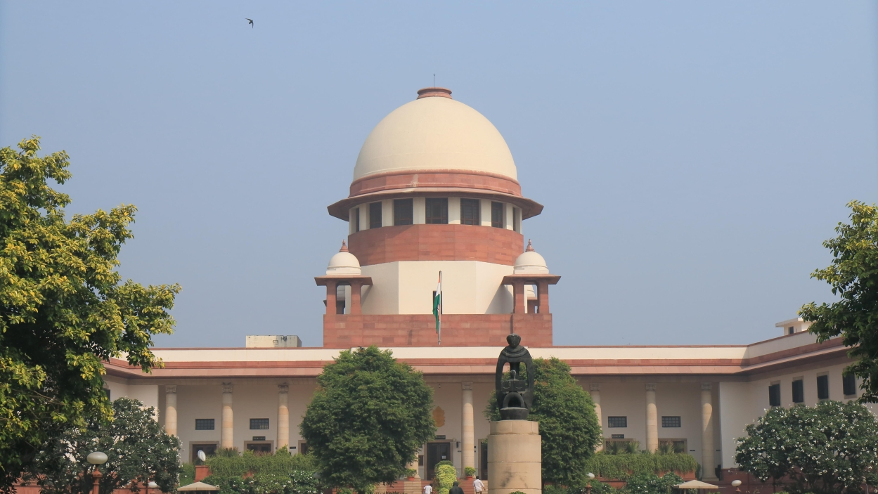 Supreme Court virtually shuts the door on Ruia attempt to get back Essar Steel