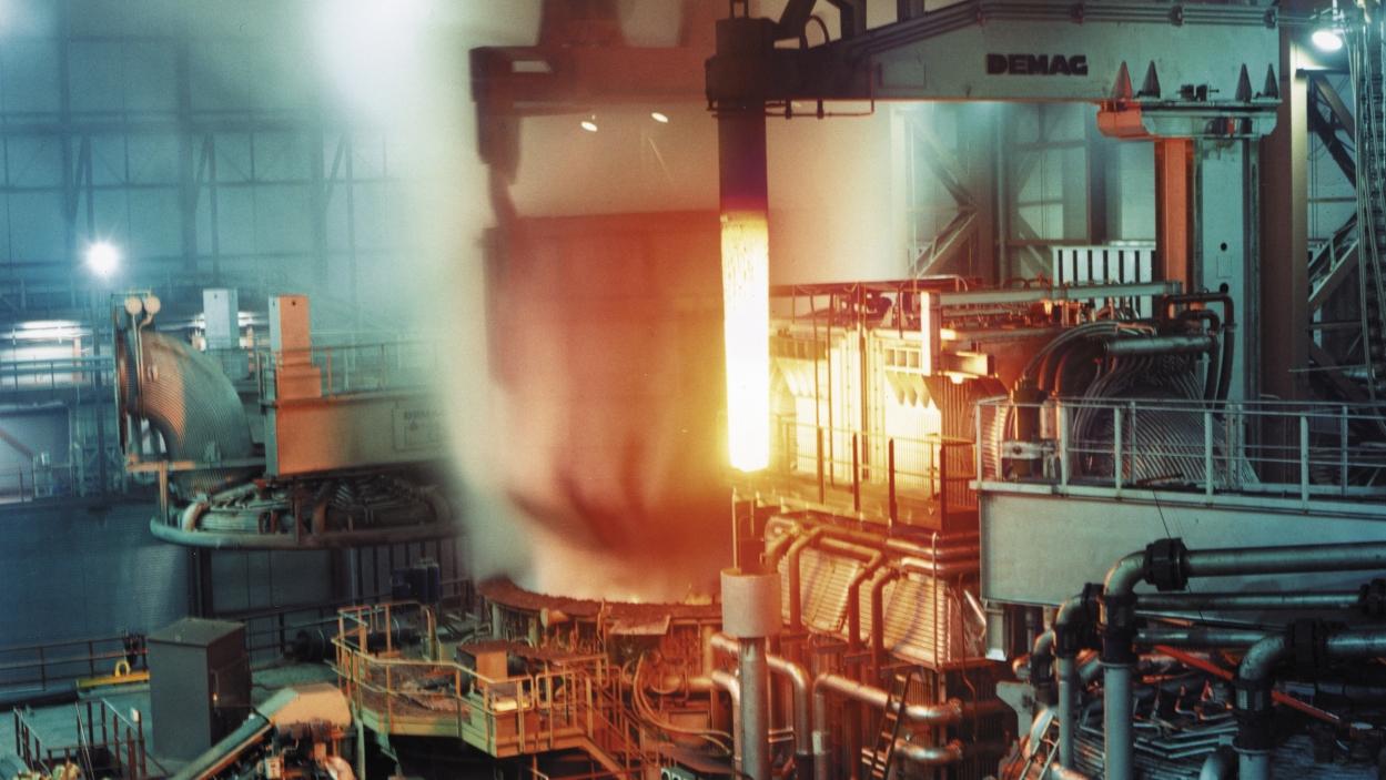 Ruias throw the kitchen sink to regain Essar Steel