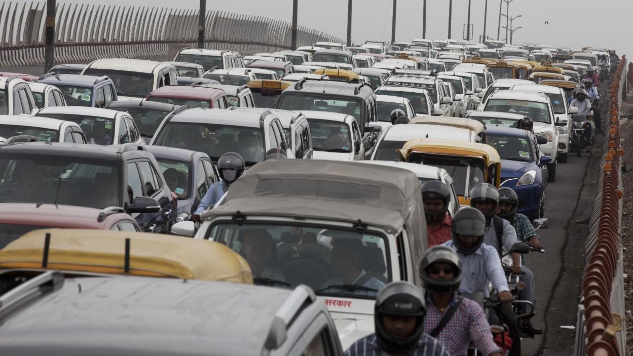 Passenger vehicle sales grow 26% in September
